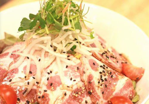 梅田ランチ焼き豚Sc.jpg